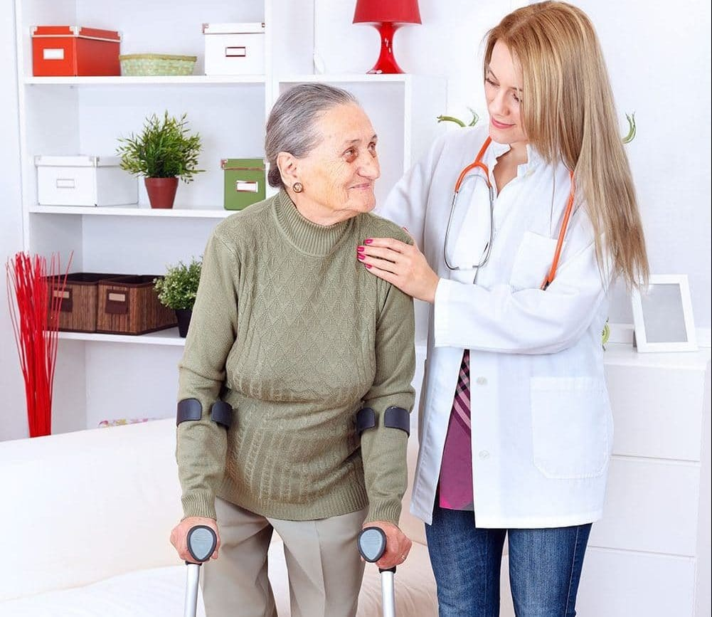 PSW helping an elderly lady