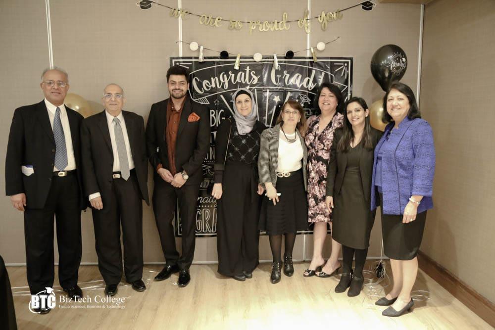 graduation ceremony group picture